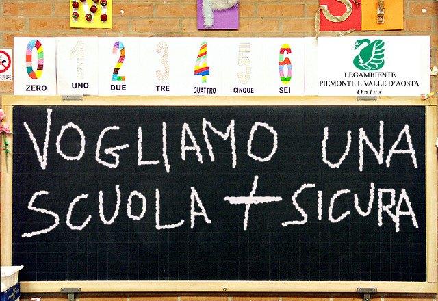 Piemonte: manutenzione urgente nel 38,7% delle scuole