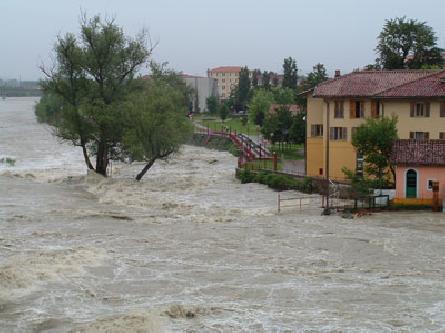"""Piemonte sott'acqua. L'appello di Legambiente ai Sindaci: """"Subito piani regolatori a zero consumo di suolo"""""""